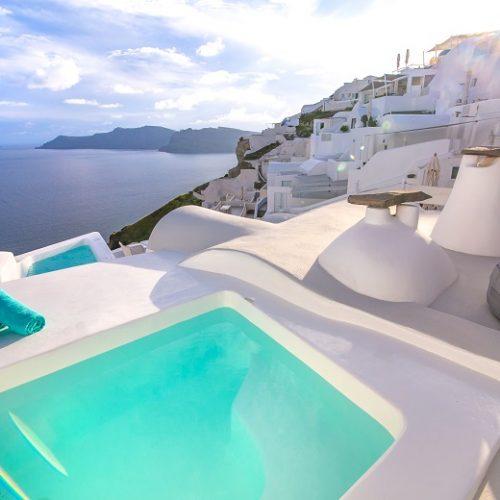 santorini hotels